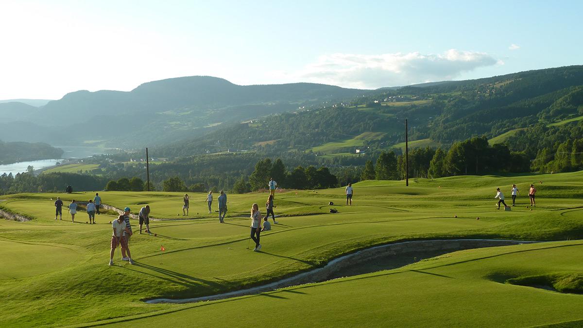 Golf på Nermo Hotell